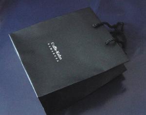 カフスボタン(カフリンクス)の手提げ袋